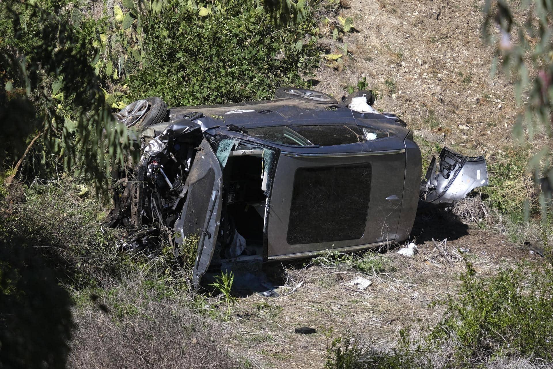 Schwerer Autounfall: Tiger Woods bricht sich beide Beine Golf-Star