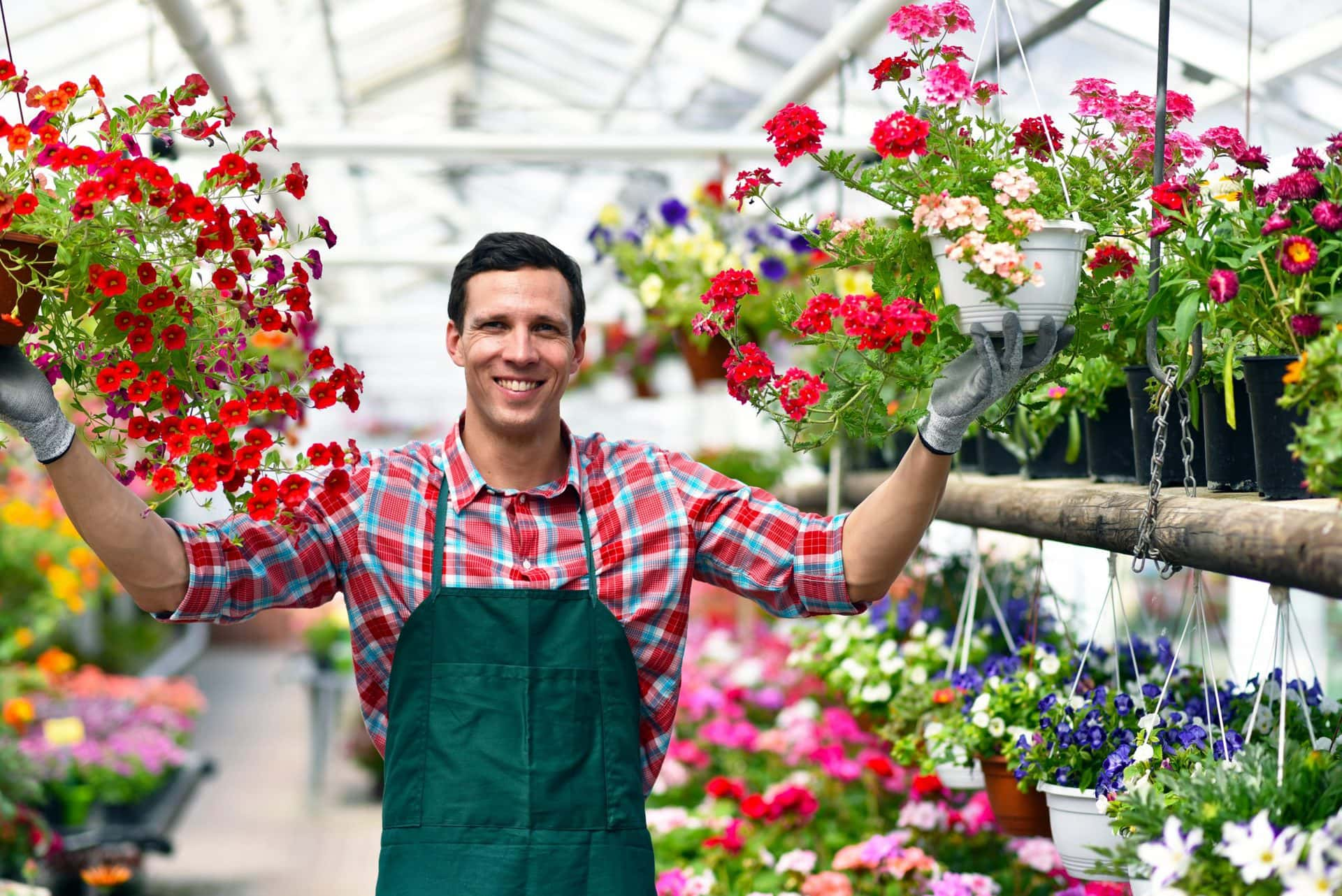 Weitere Lockerungen in Bayern ab 1. März Ab Montag öffnen neben Friseurläden auch Baumärkte, Musikschulen und Fußpflege wieder