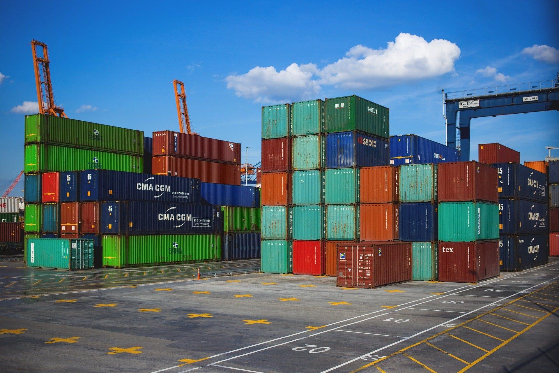 Wie Ostbayerns Wirtschaft wieder Fahrt aufnimmt IHK-Hauptgeschäftsführer Dr. Jürgen Helmes im Blizz-Interview
