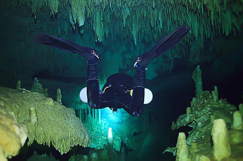 Tragischer Unfall in der Mühlbachquellhöhle bei Dietfurt Forscher (57) kommt bei Tauchgang ums Leben