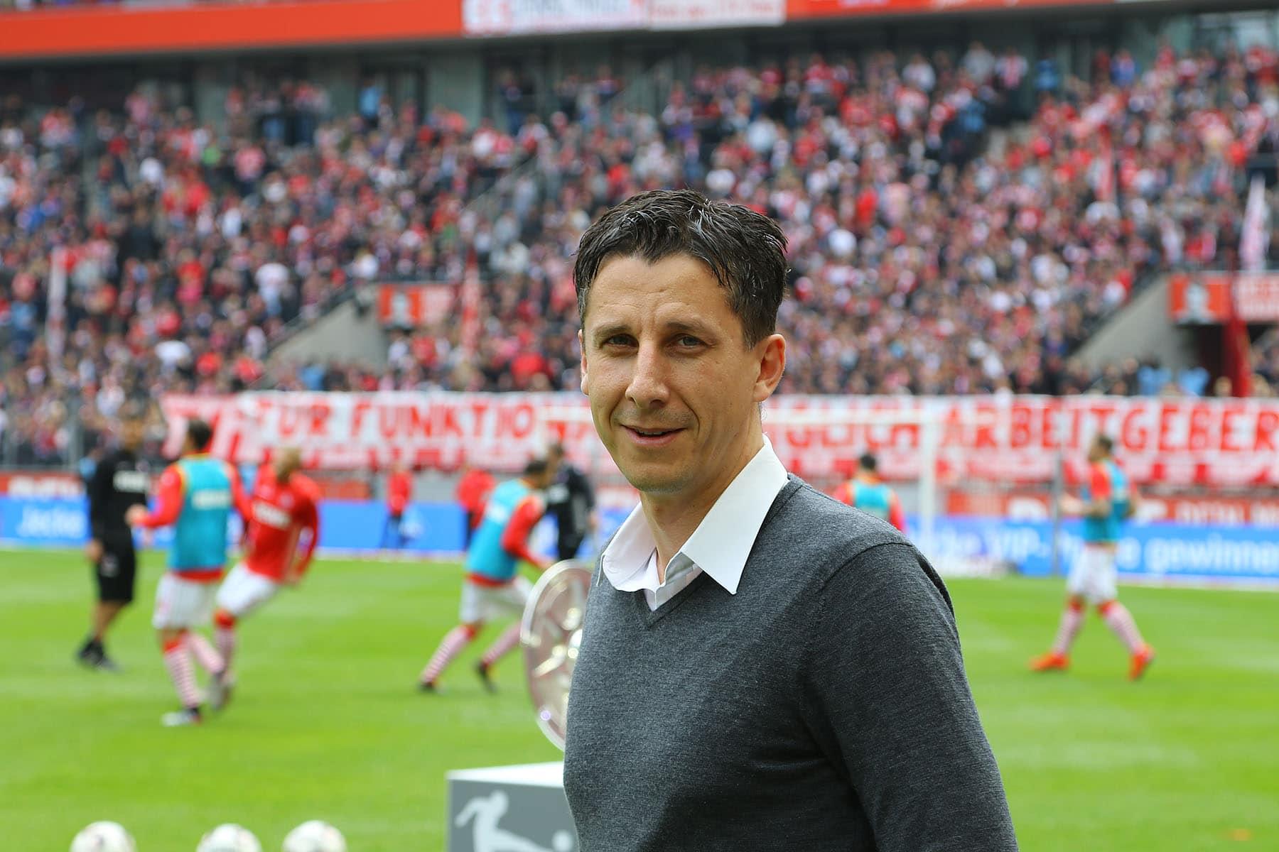 """""""Das gab es in 130 Jahren SSV Jahn noch nie"""" Jahn-Geschäftsführer Christian Keller verspricht im Interview einen """"offenen Pokalfight"""""""