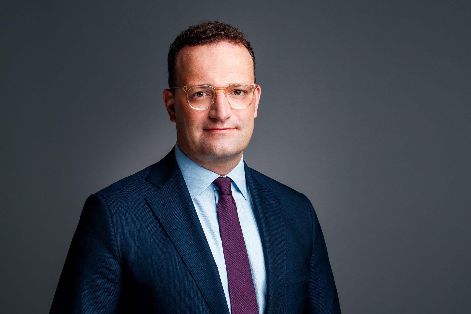 Jens Spahn stellt sich Ihren Corona-Fragen Bundesgesundheitsminister, RKI-Chef Wieler und weitere Experten über Schutzimpfungen