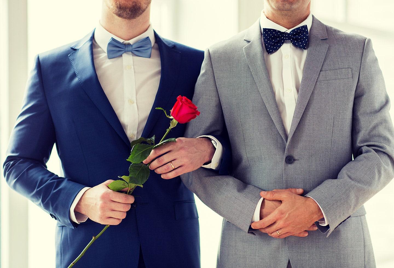 Sollte die katholische Kirche auch gleichgeschlechtlichen Paaren den Segen erteilen? Welche Meinung haben Sie dazu?