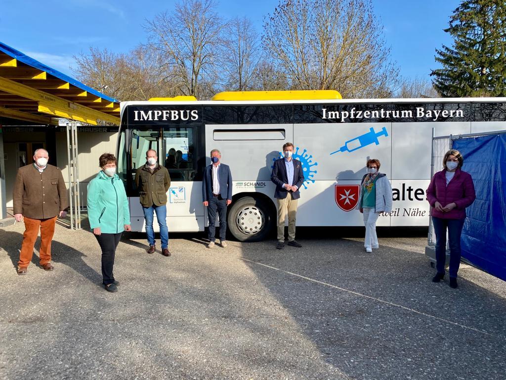 Der Regensburger Impfbus rollt! Ergänzung zu Hausärzten und Impfzentrum