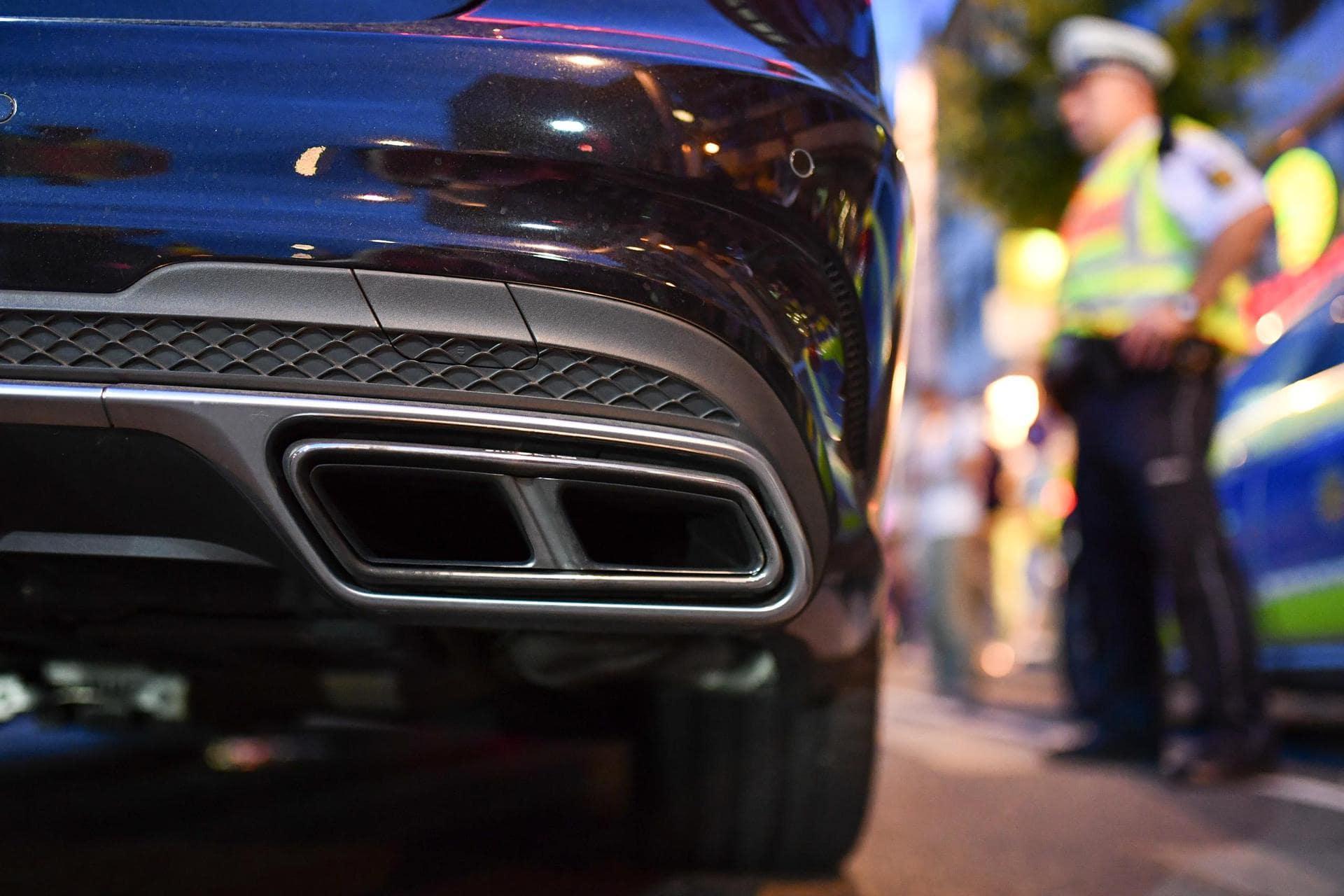 Polizei startet Projekt gegen krawallmachende Autoprotzer Extreme Verkehrsgefährdung