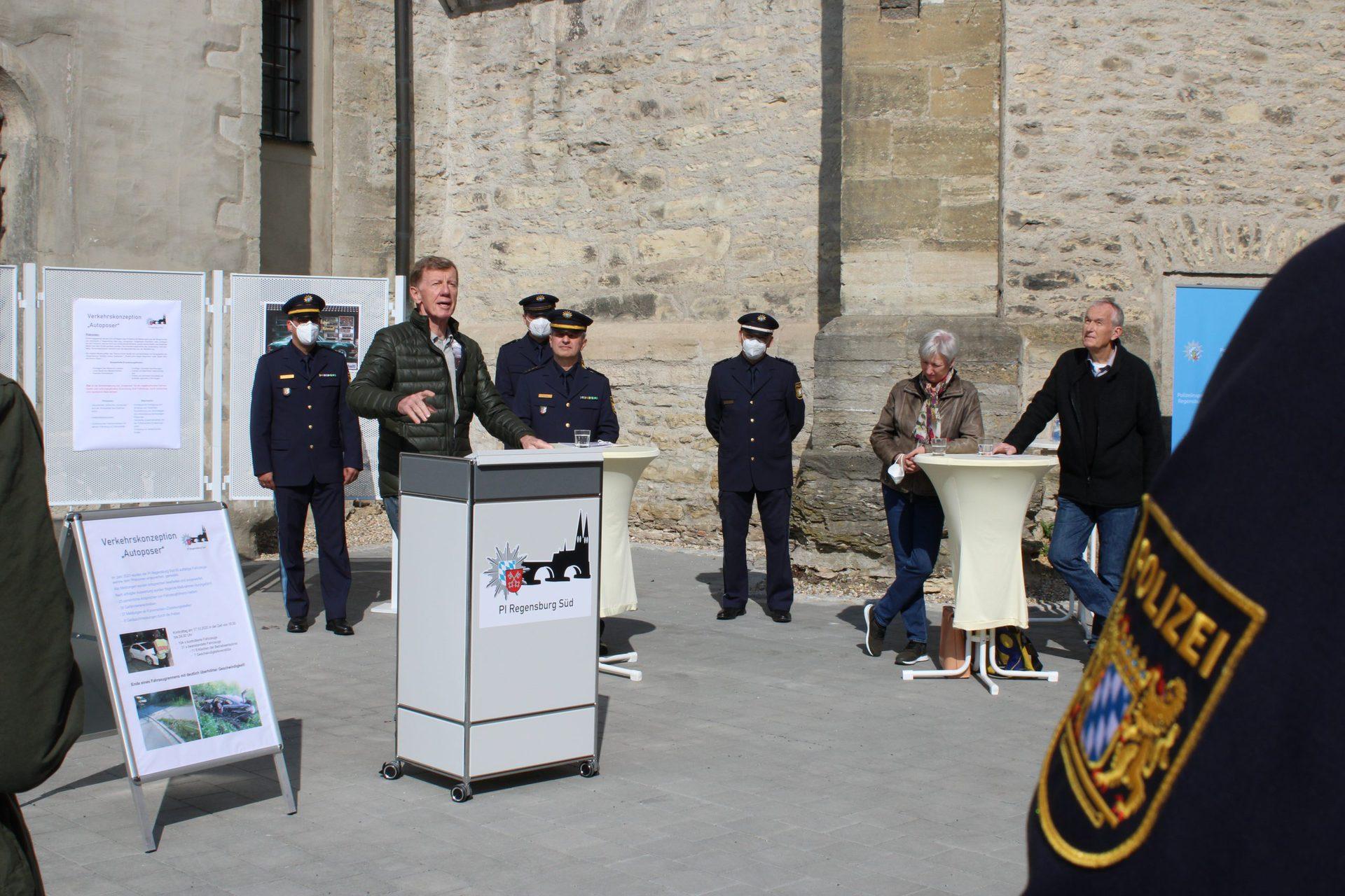 Polizei Regensburg: Projekt gegen Autoprotzer Röhrl findet Poser nicht cool