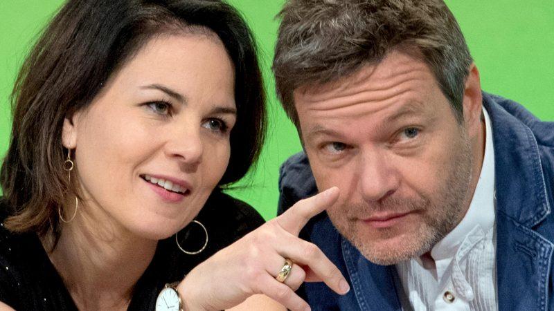 Grünen-Vorsitzende Baerbock und Habeck