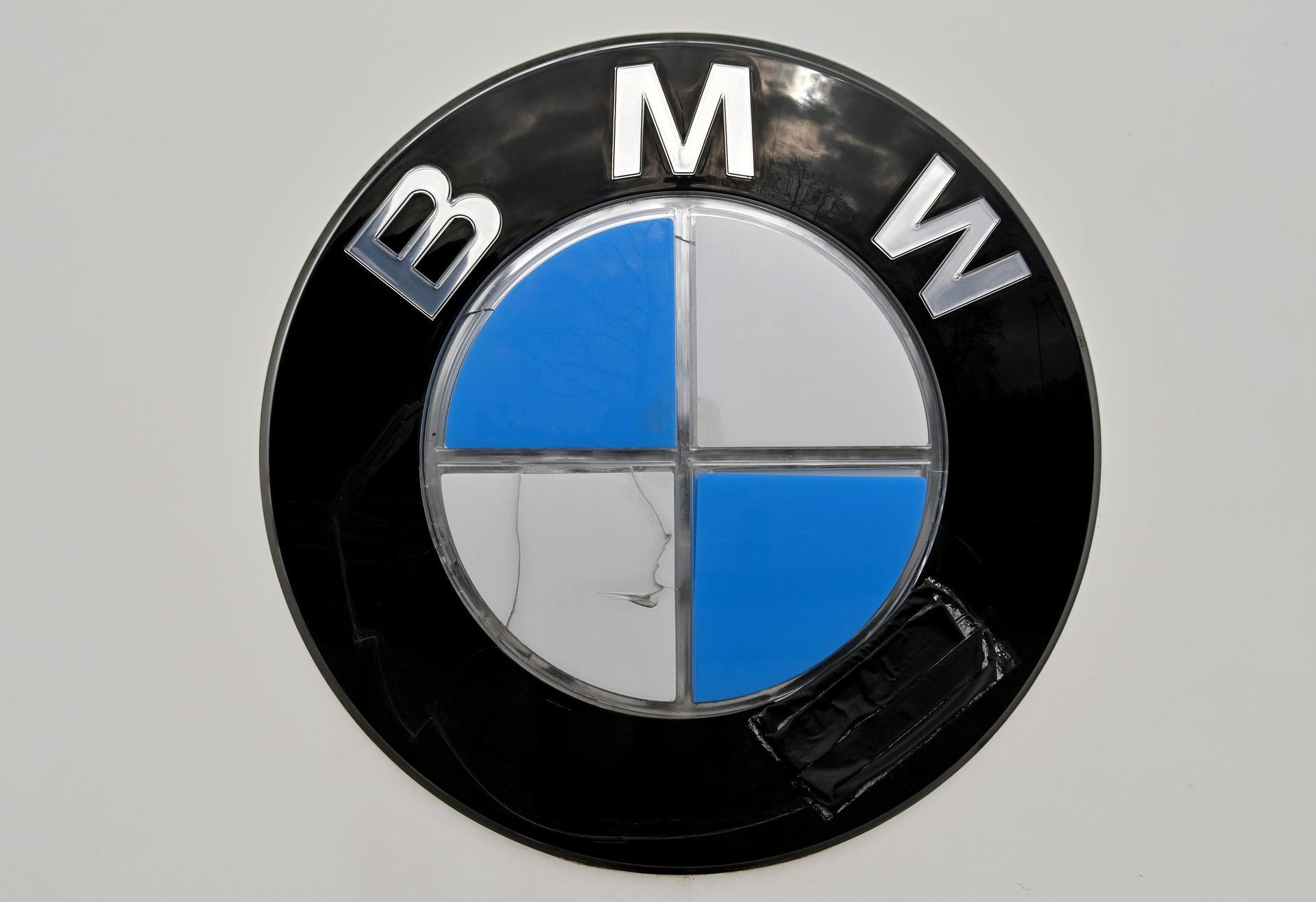 Chipmangel bremst BMW-Produktion aus In Regensburg und Oxford