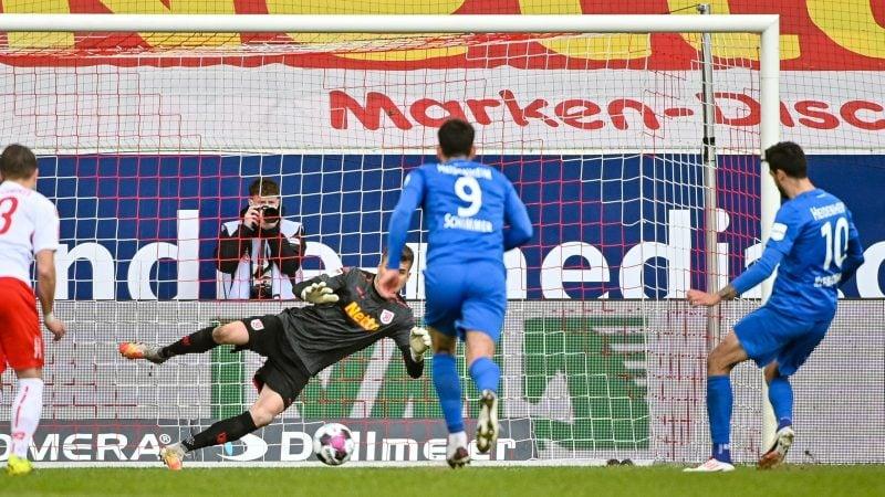 Jahn Regensburg gegen 1. FC Heidenheim