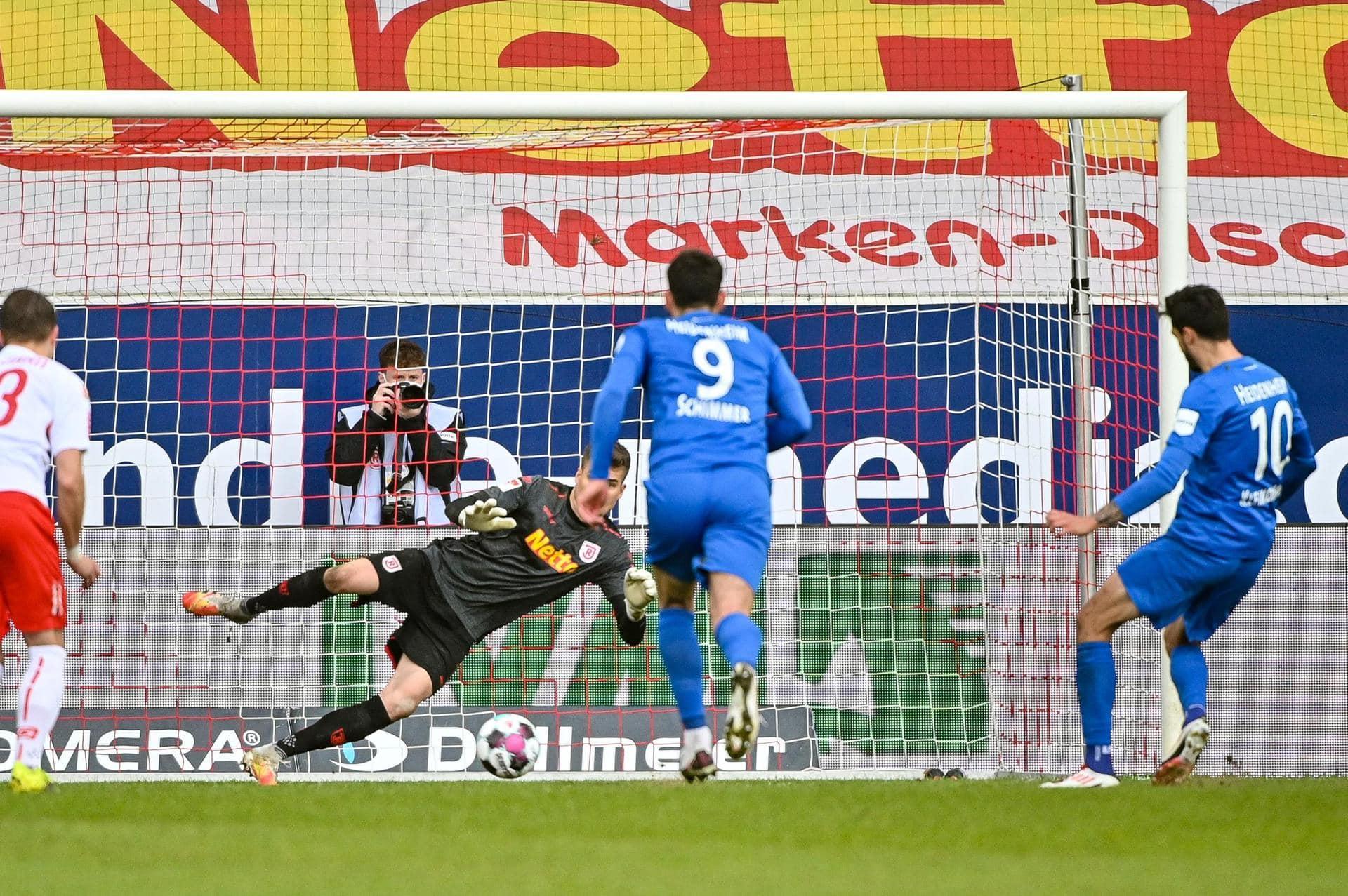 Jahn Regensburg verliert 0:3 Fehler und drei Gegentore