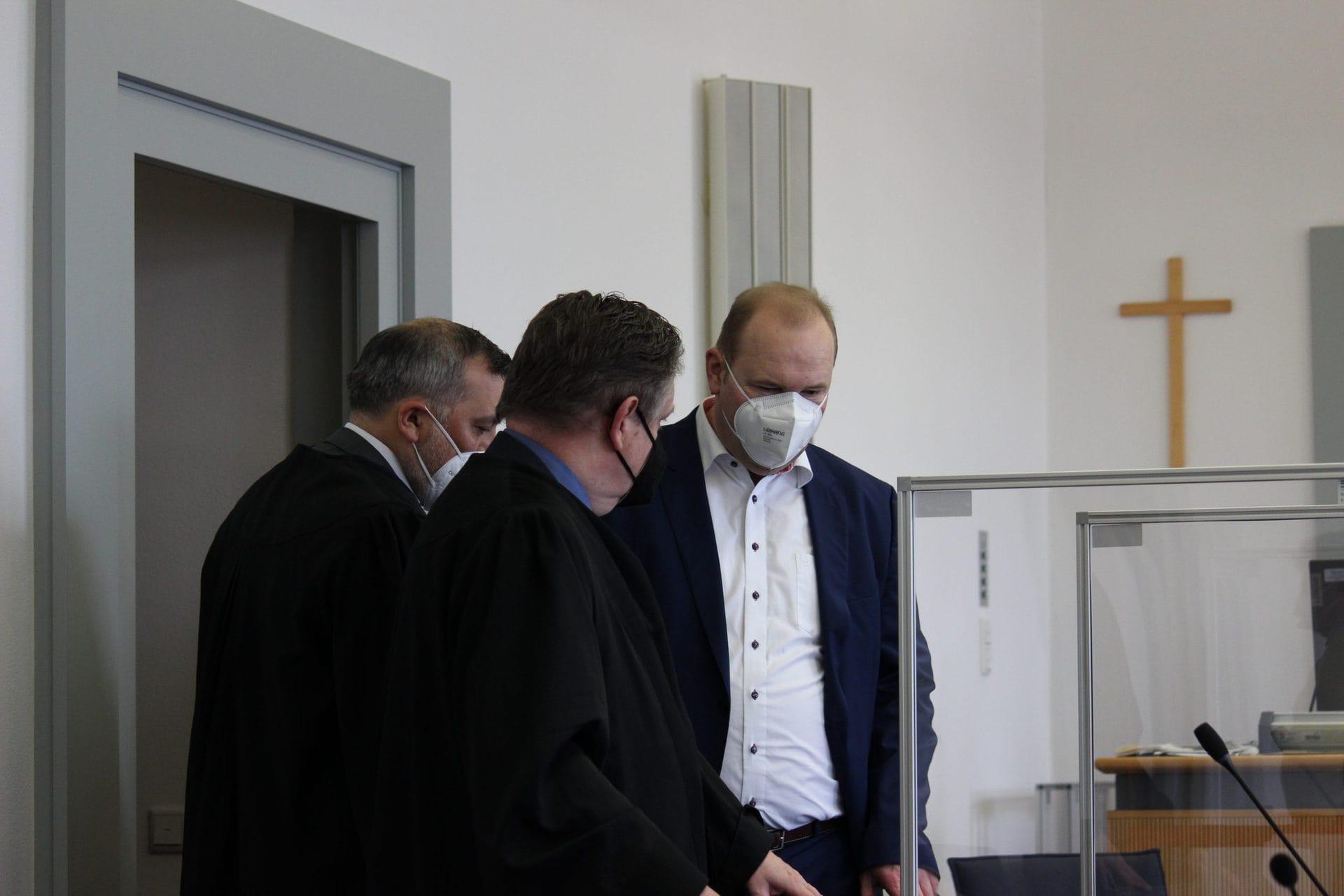Prozessauftakt im Fall Christian Schlegl Ehemaliger CSU-Stadtrat muss sich vor dem Landgericht Regensburg verantworten