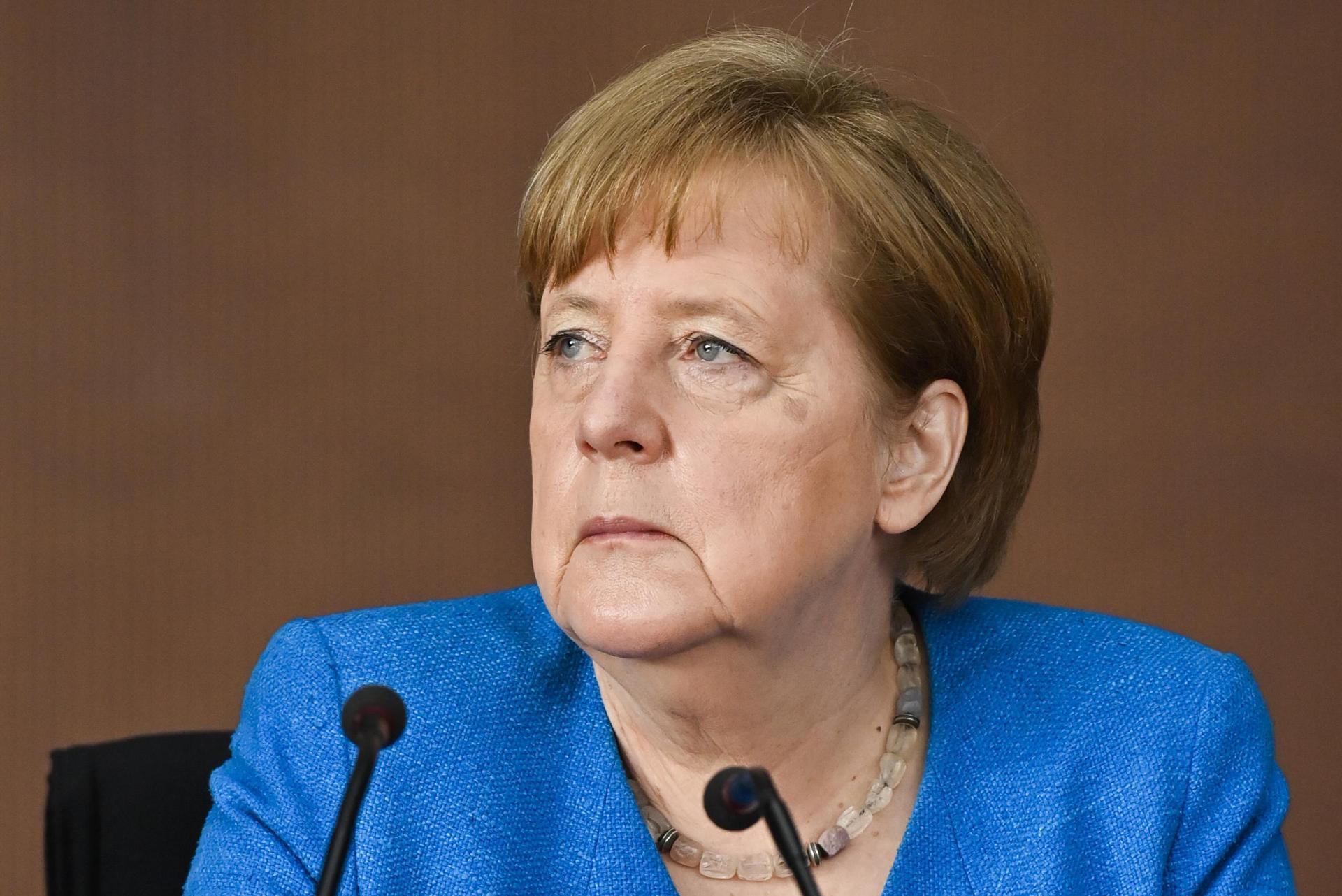 Kreise: Merkel gegen Gleichstellung von Test und Impfung Corona-Pandemie