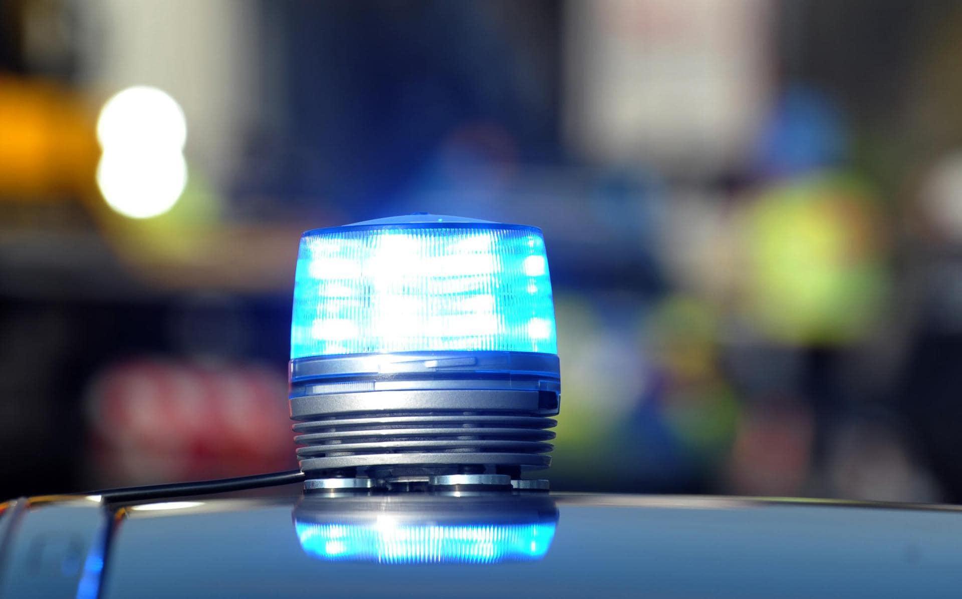 Oberpfalz: Mutter stößt zwei Kinder aus Fenster Beide verletzt
