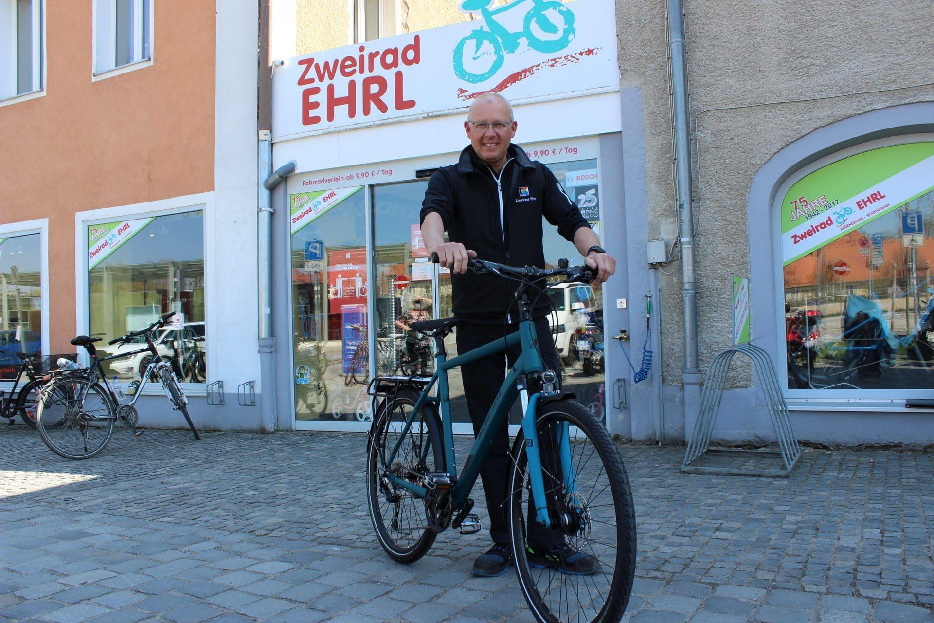 Macht Euer Radl wieder fit fürs Frühjahr! Zweiradmechaniker-Meister Fritz Ehrl gibt Tipps für den sicheren Start in die neue Saison