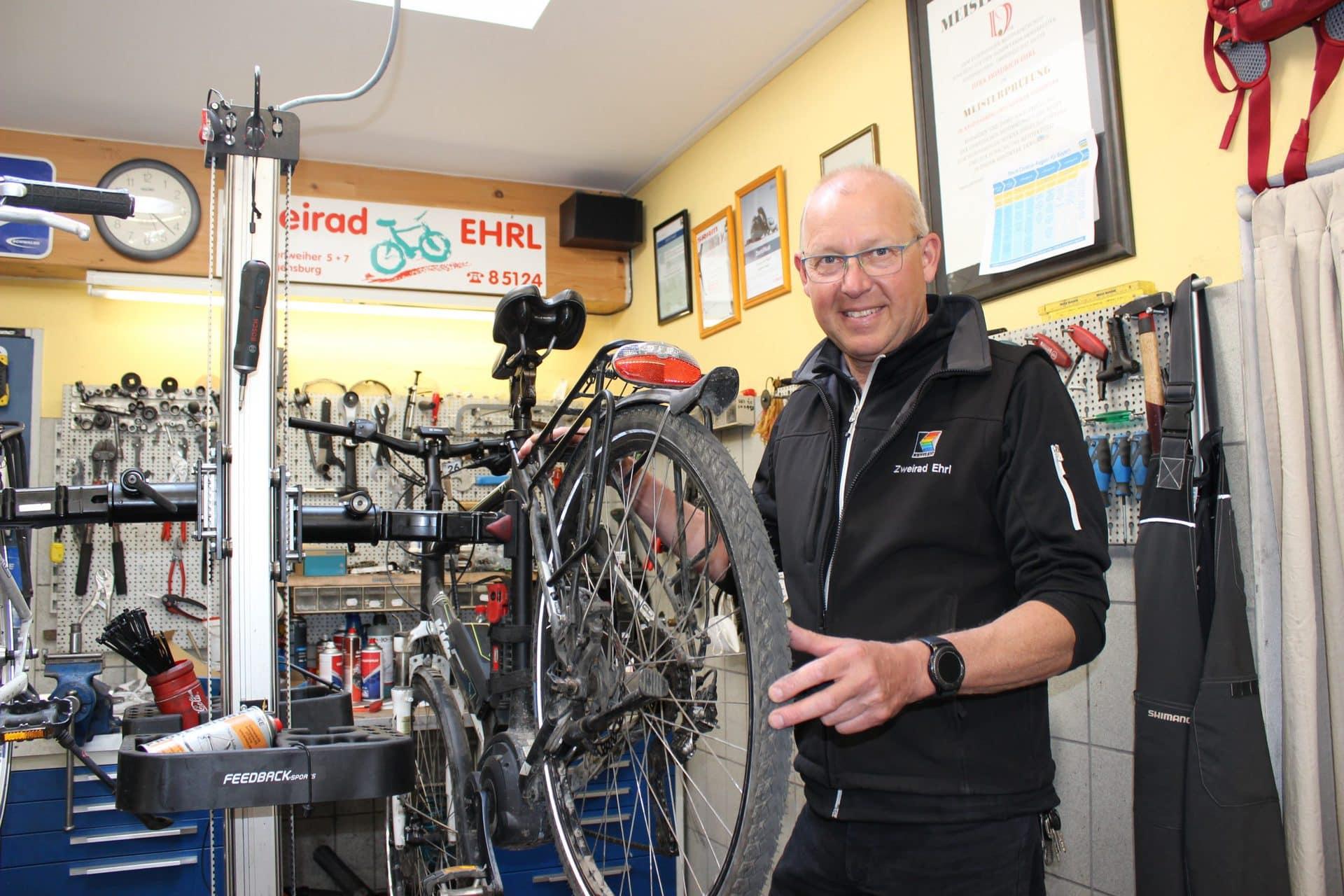 Gewinne einen Frühlingscheck für Dein Fahrrad Blizz verlost drei Mal den großen Fahrrad-Rundumcheck bei Zweirad Ehrl im Wert von je 44,90 Euro