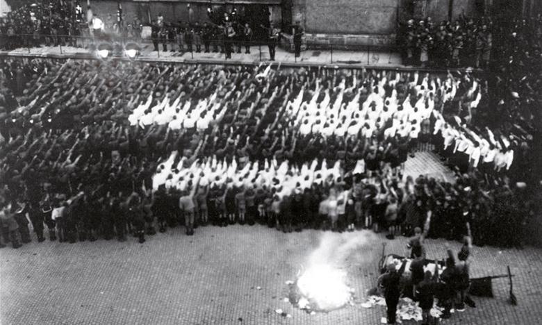 Erinnerung an die Bücherverbrennung 1933 Regensburg lädt zur Gedenkveranstaltung im Live-Stream am 12. Mai 2021