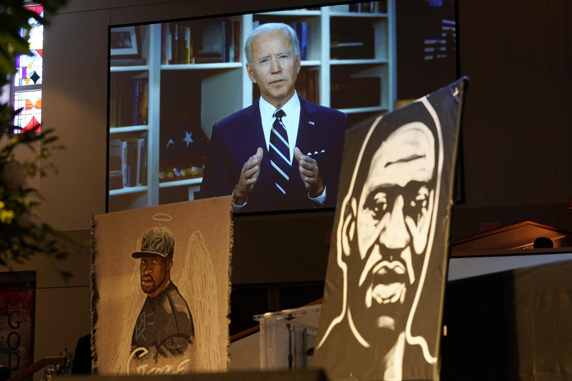 Biden trifft am Jahrestag von George Floyds Tod Angehörige Rassismus in den USA