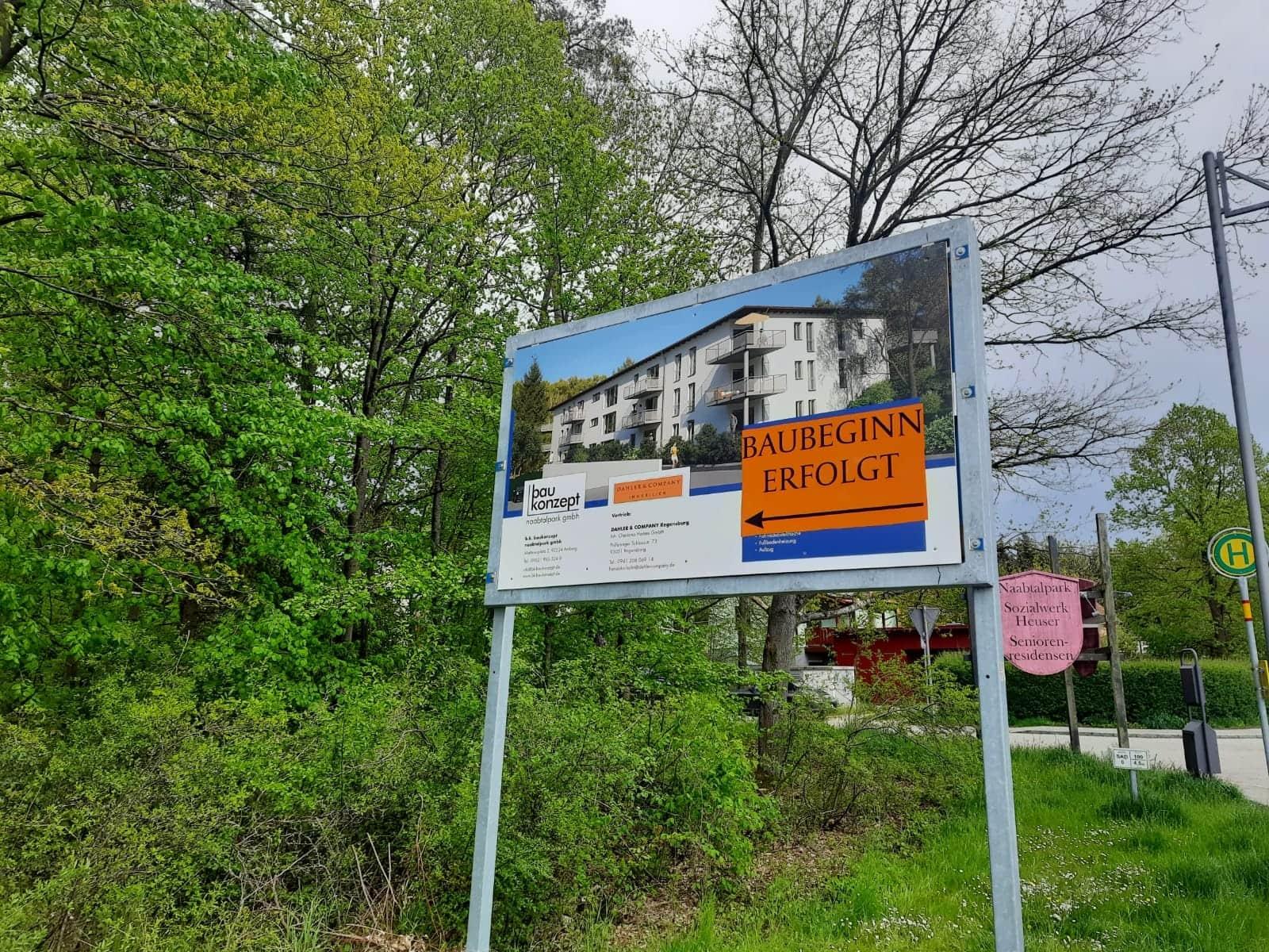 """Burglengenfelds Wohnungsmarkt boomt Baubeginn für das Neubauprojekt """"Wohnen am Naabtalpark"""""""
