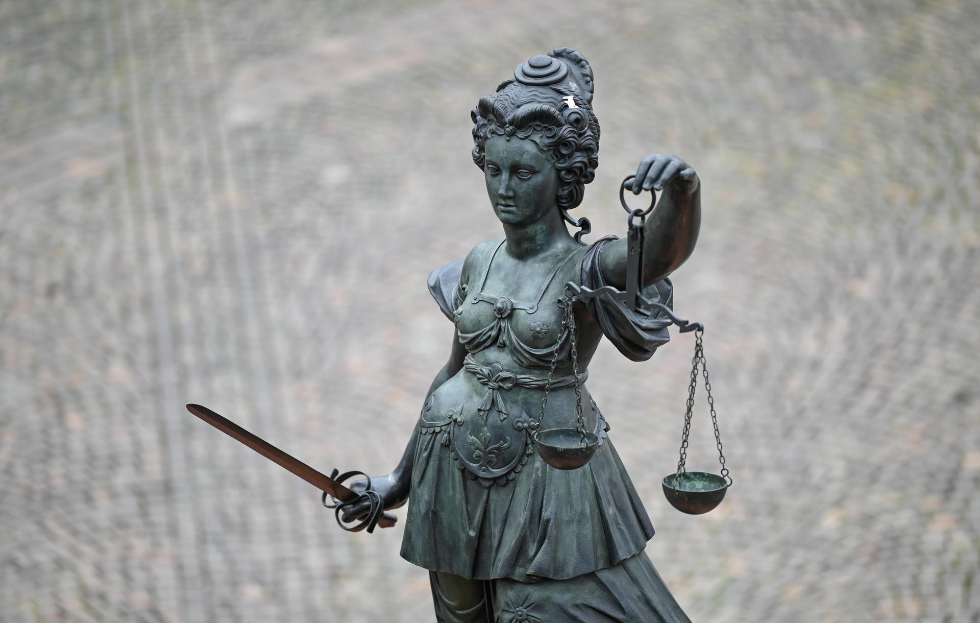 Doppelmord an Kindern: Urteil gegen Vater rechtskräftig Landgericht Regensburg