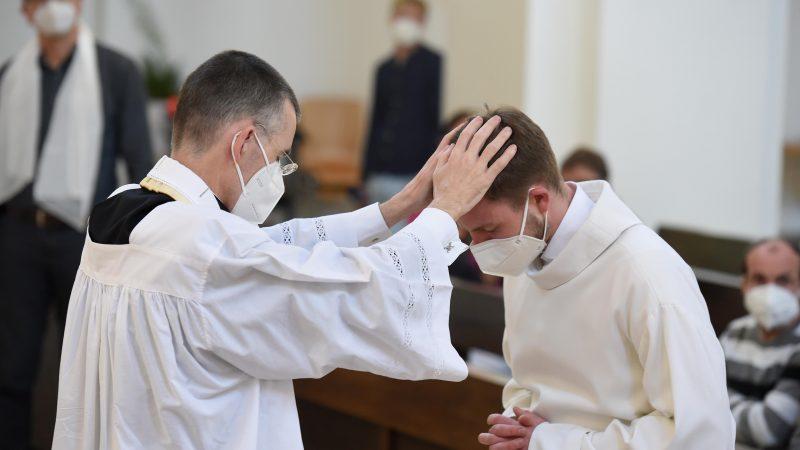 Katholische Gottesdienste mit Segnung homosexueller Paare