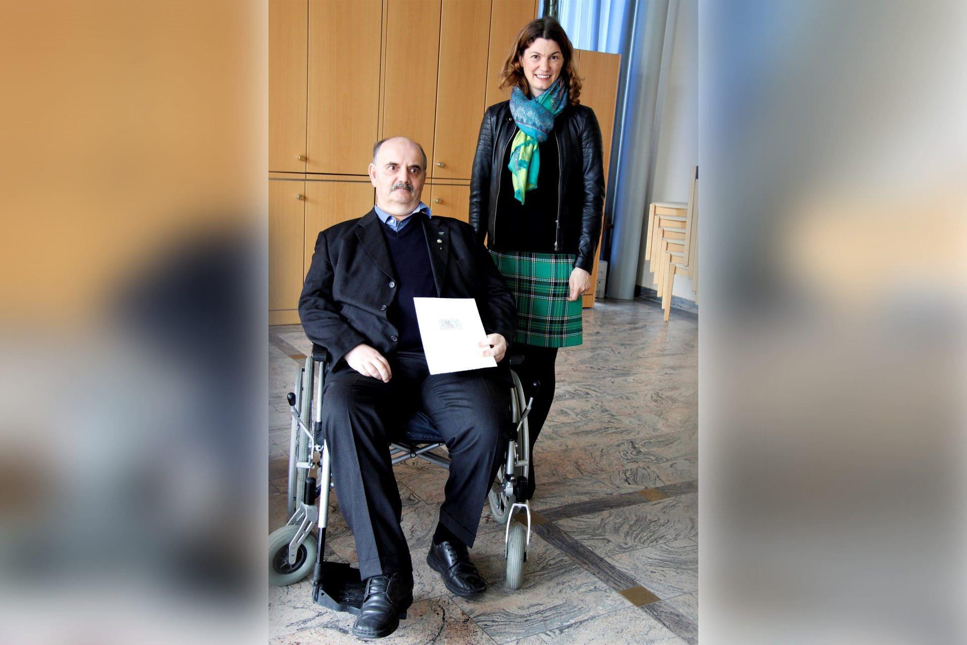 Patrick Skrowny erhält Ehrenzeichen des Bayerischen Ministerpräsidenten Für langjährige ehrenamtliche Tätigkeiten