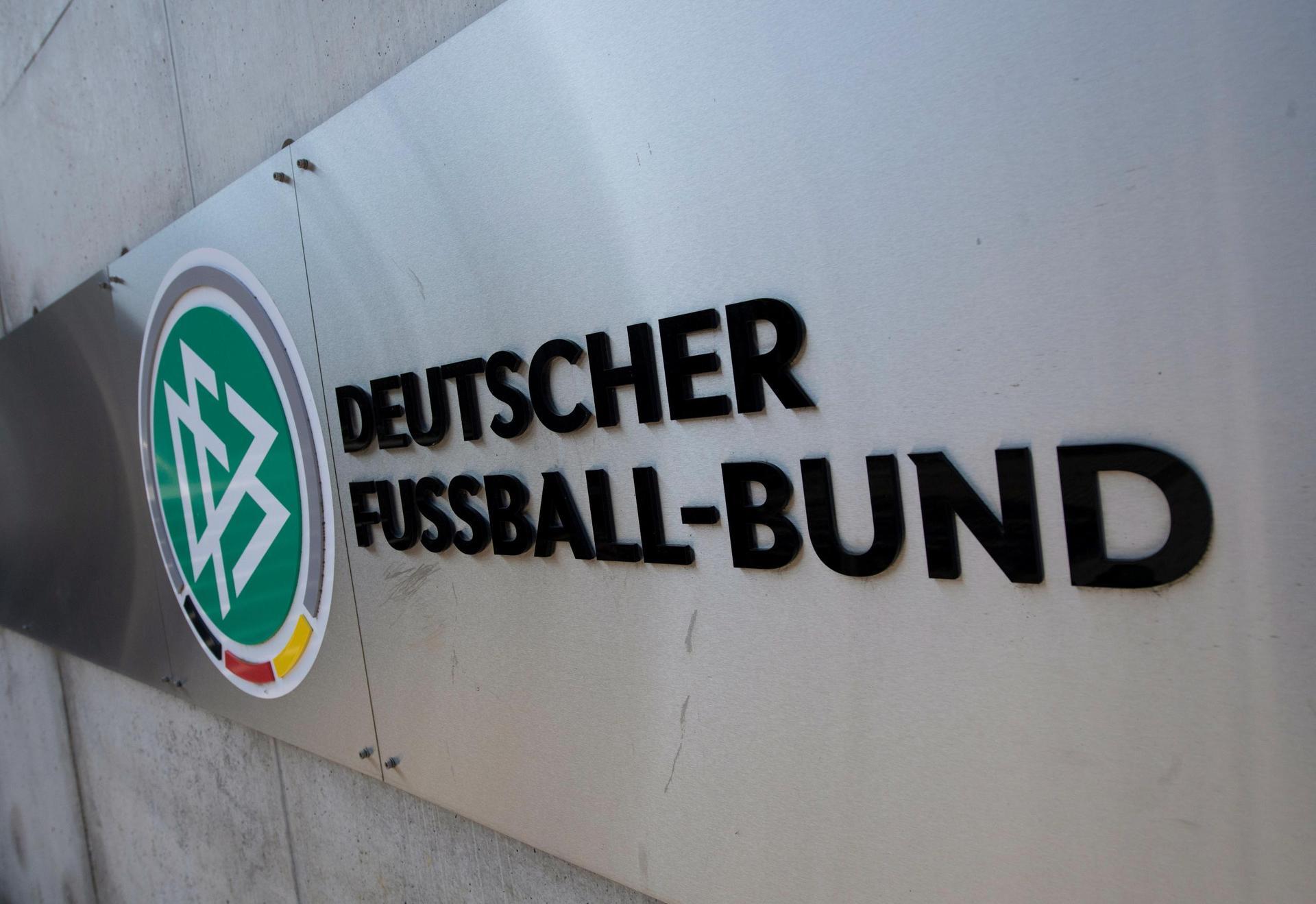 Schwieriger Neuanfang: DFB-Präsident dringend gesucht Nach Keller-Ankündigung