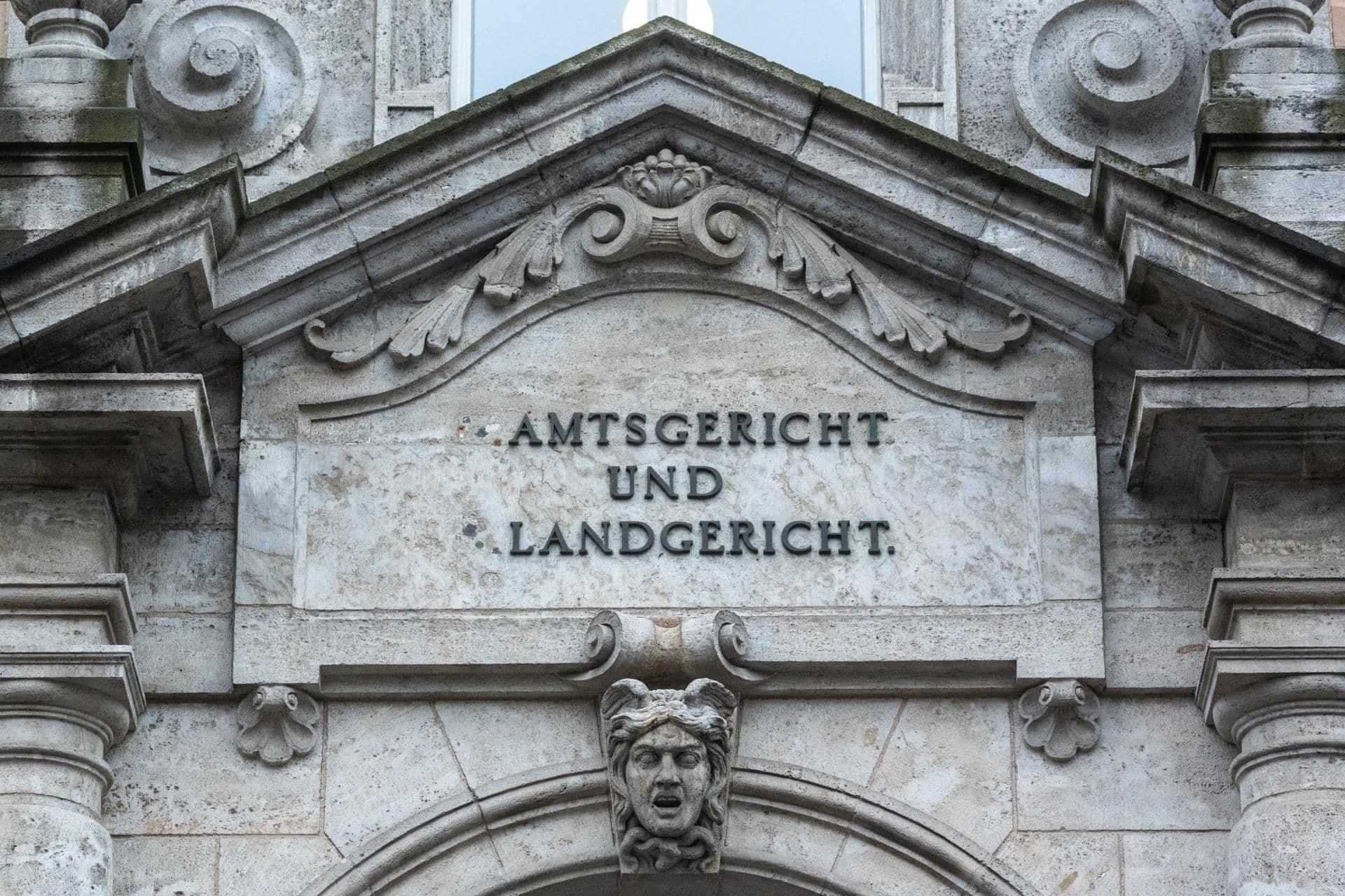 Tödliche Schüsse: Mann wegen Mordes verurteilt Landgericht Regensburg