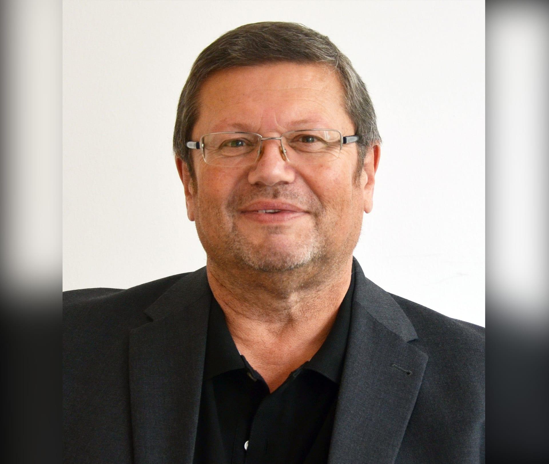 Landkreis trauert um seinen Jugendamtsleiter Werner Kuhn Regensburg