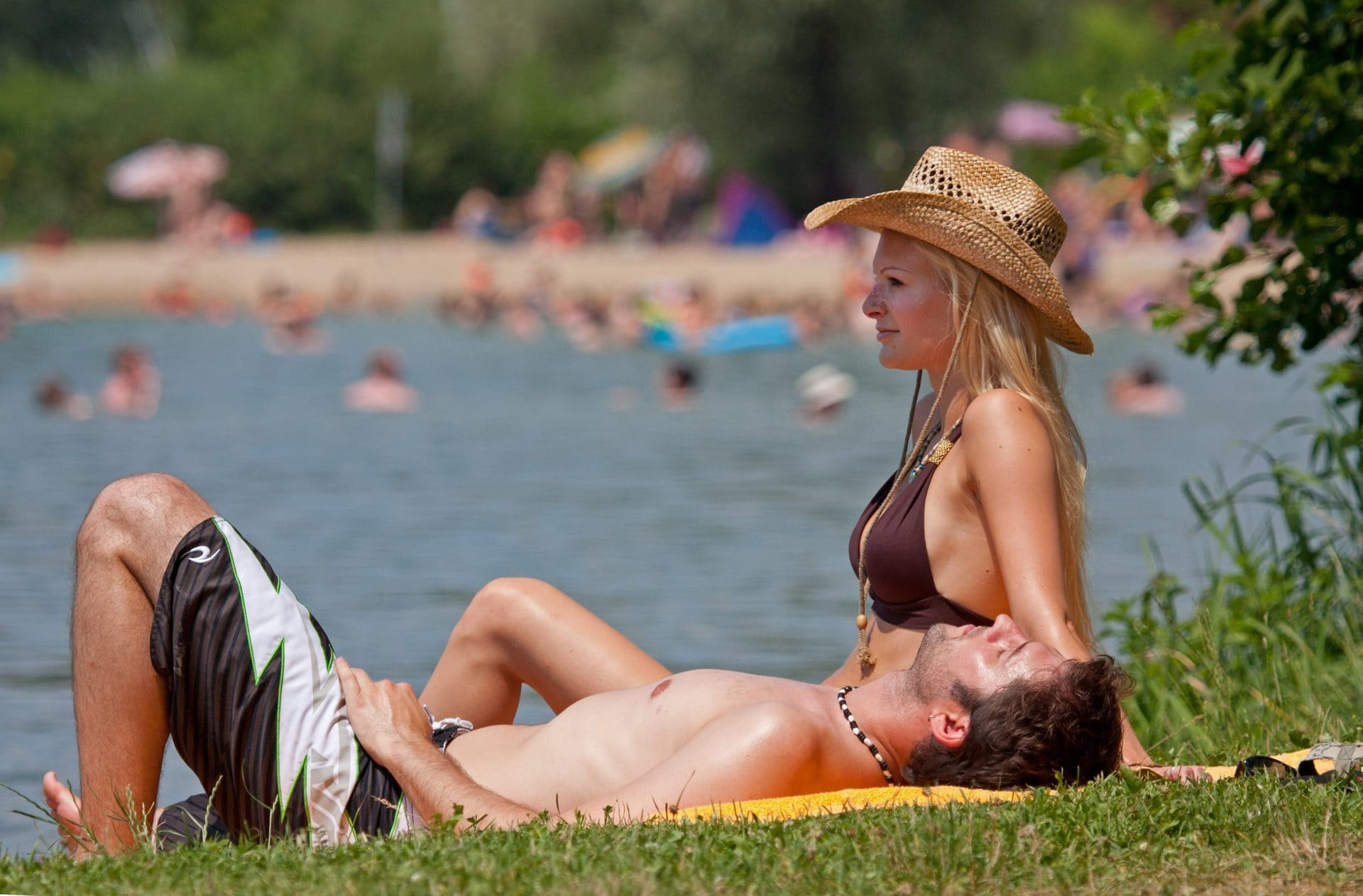 Freizeit- und Badebetrieb an den Seen des Naherholungsvereins Spazierengehen, Jogging, Verweilen und Schwimmen ja – Grillen, Partys, sich treffen nein