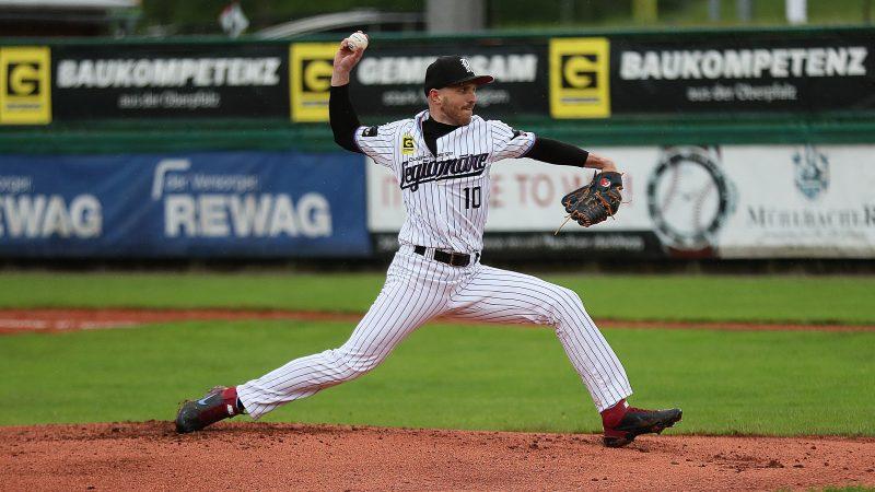 Regensburger Baseballer gewinnen mit Mühe