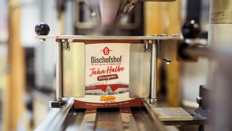 210624 Pressemitteilung SSV Jahn - Vereint in Rot - Die neue Jahn Halbe von Bischofshof (2)