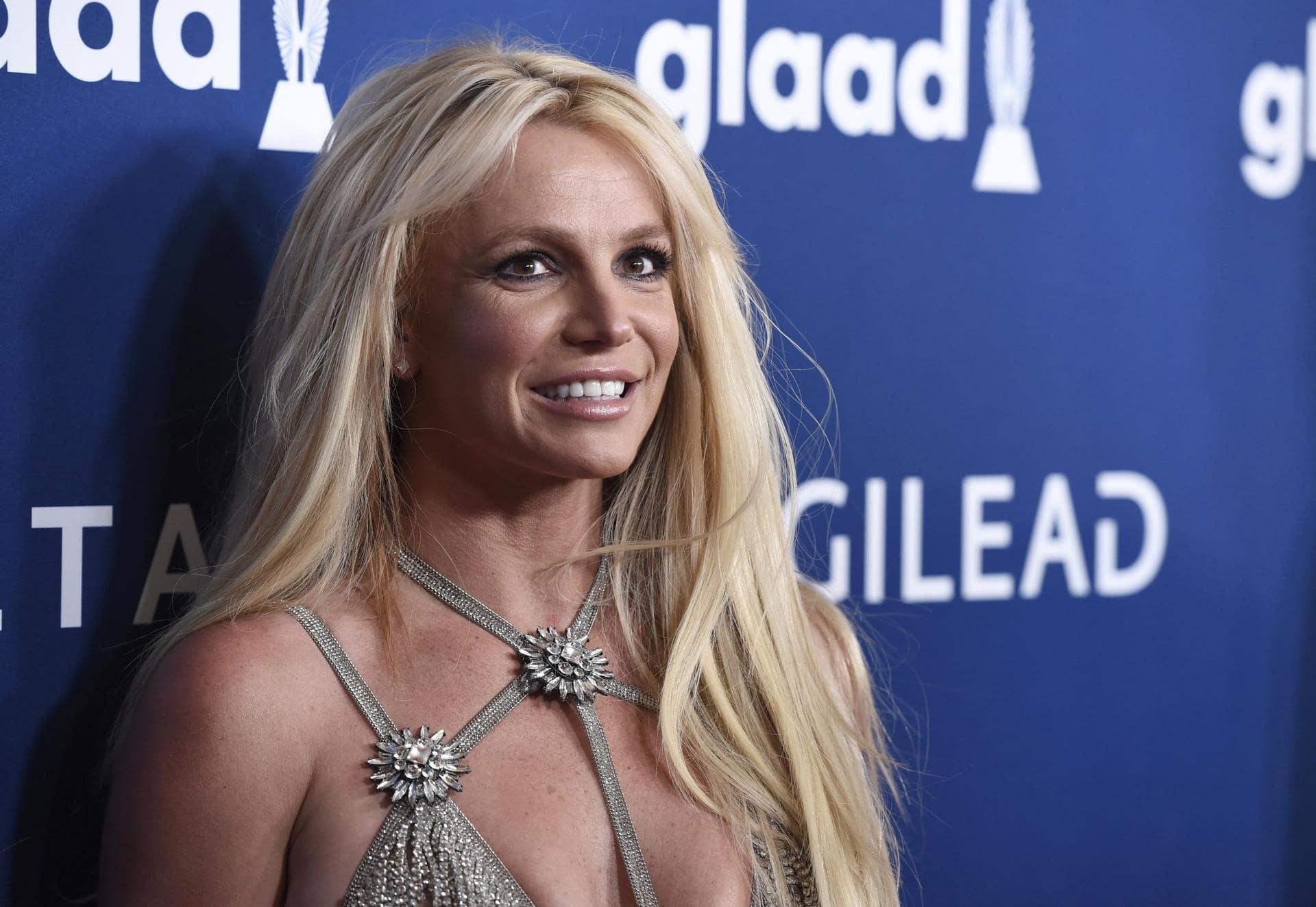 Britney Spears fordert Ende von Vormundschaft Anhörung