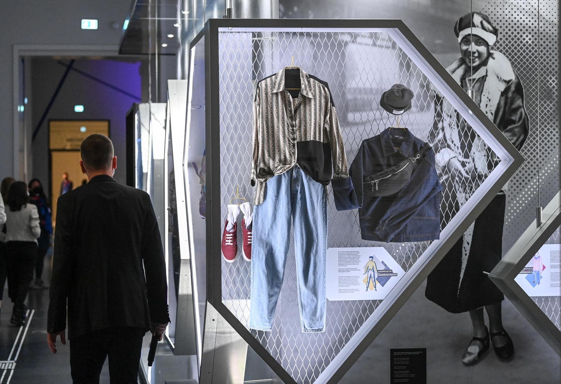 «Ein Experiment» – Ausstellung im Humboldt Forum Berlin