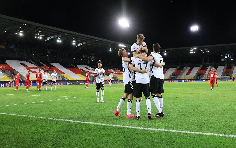 Wie weit kommt die deutsche Fußball-Nationalmannschaft? EM 2021 Abstimmung