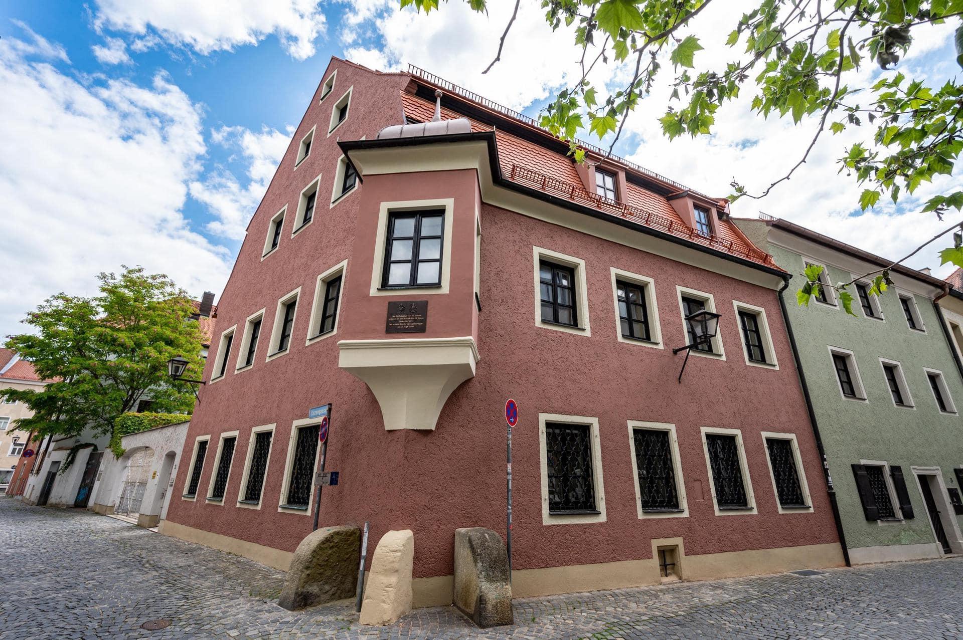 Früheres Wohnhaus von Georg Ratzinger wird renoviert Bruder von Papst Benedikt XVI.