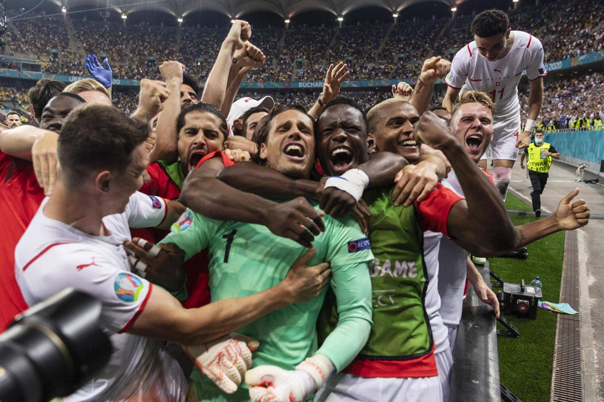 Schweiz bejubelt historischen Coup gegen Frankreich Fußball-EM
