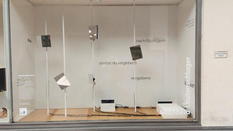 spiegelspiel-im-schaufenster-neunkubikmeter_lautenschlager_1