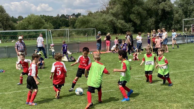 Tolle Fußballstimmung beim Jugendturnier
