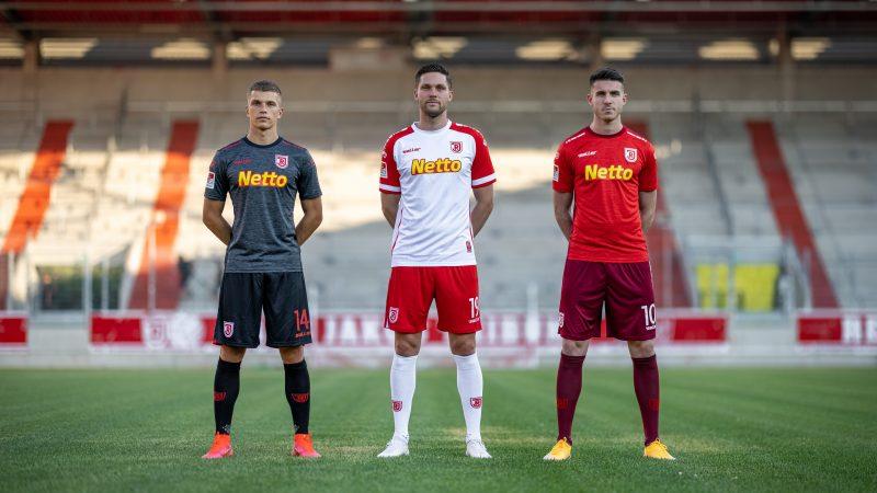 210705 Pressemitteilung SSV Jahn - 5 Jahre 2. Bundesliga - Der Jahn Trikotsatz 2021-22 (1)
