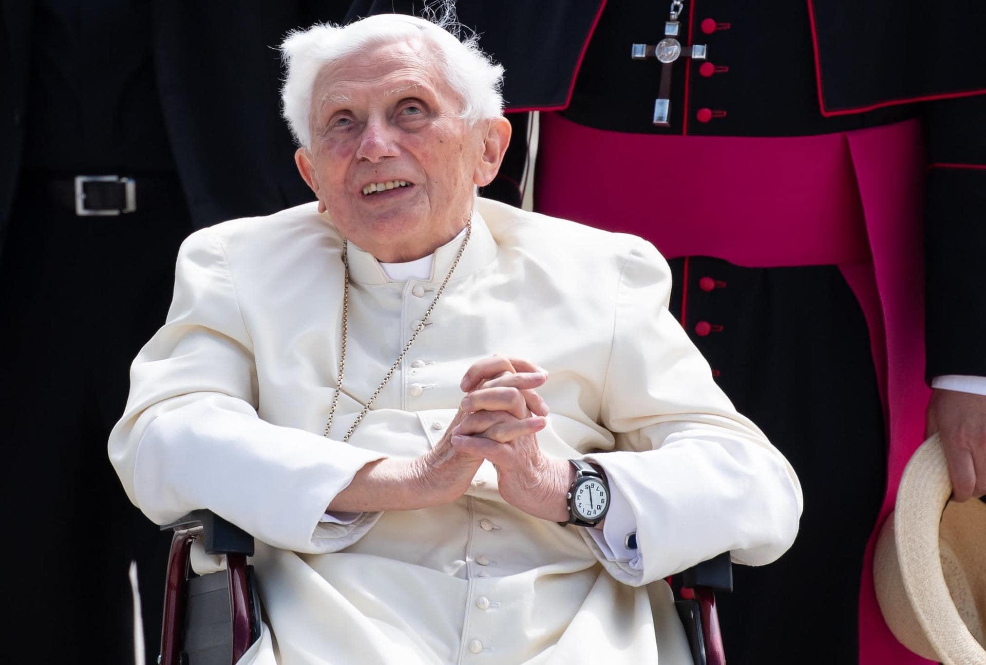 Benedikt XVI. geht mit kirchlichen Amtsträgern ins Gericht Katholische Kirche