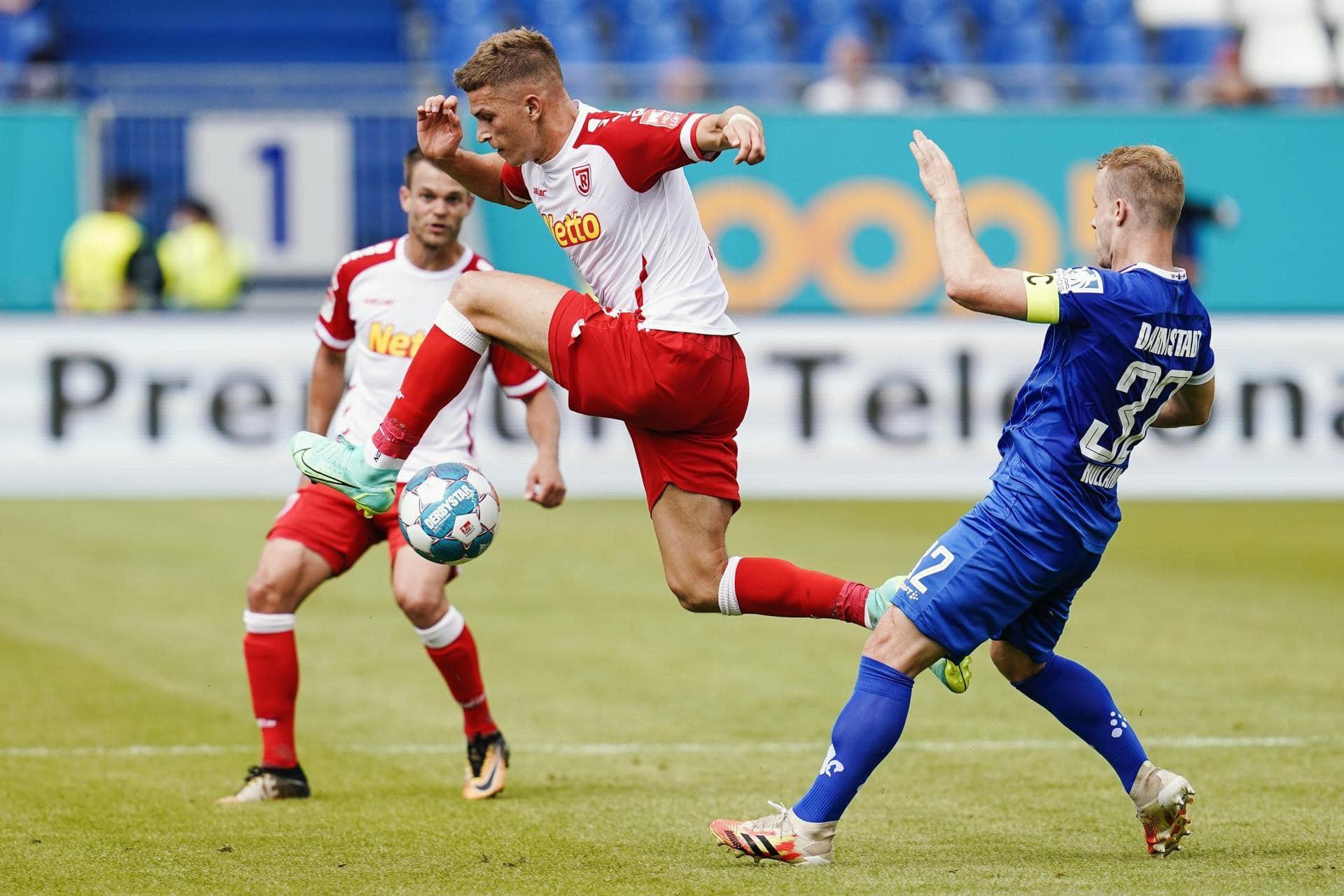 «Kampf» statt «Kunst»: Regensburg kommt top aus Startlöchern 2. Bundesliga