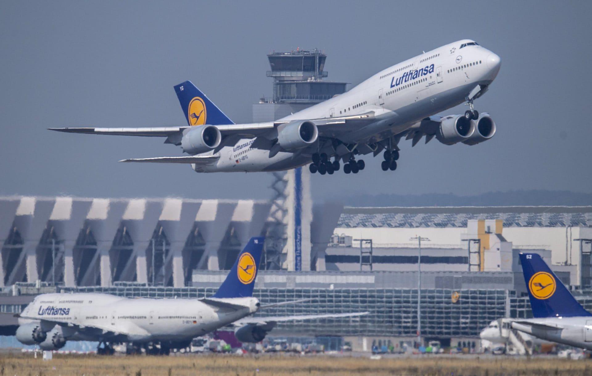 Lufthansa schafft Begrüßung «Damen und Herren» an Bord ab Gendergerechte Sprache