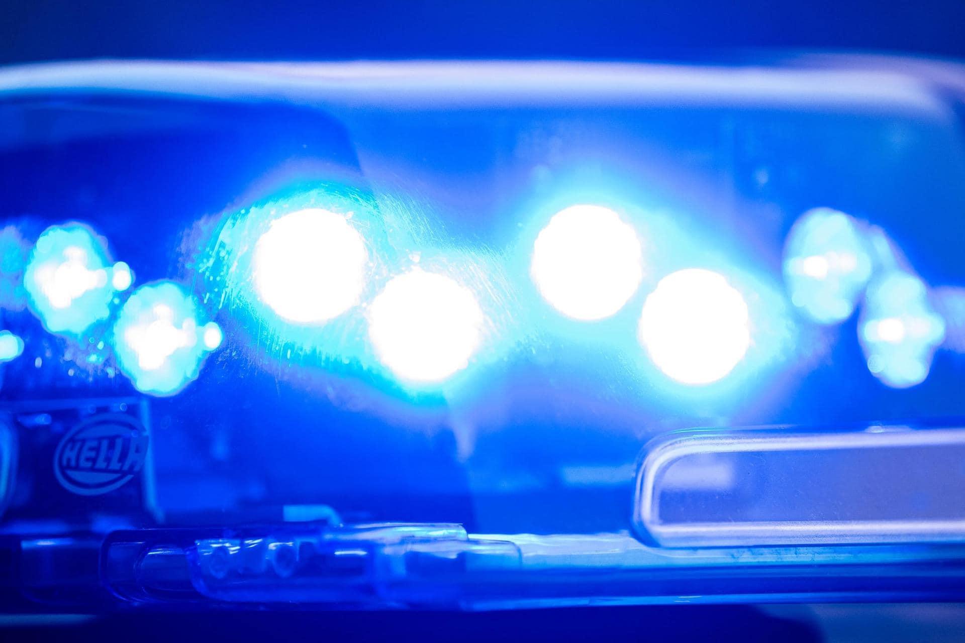 Mann wird aus Notlage befreit und wandert in den Arrest Regensburg