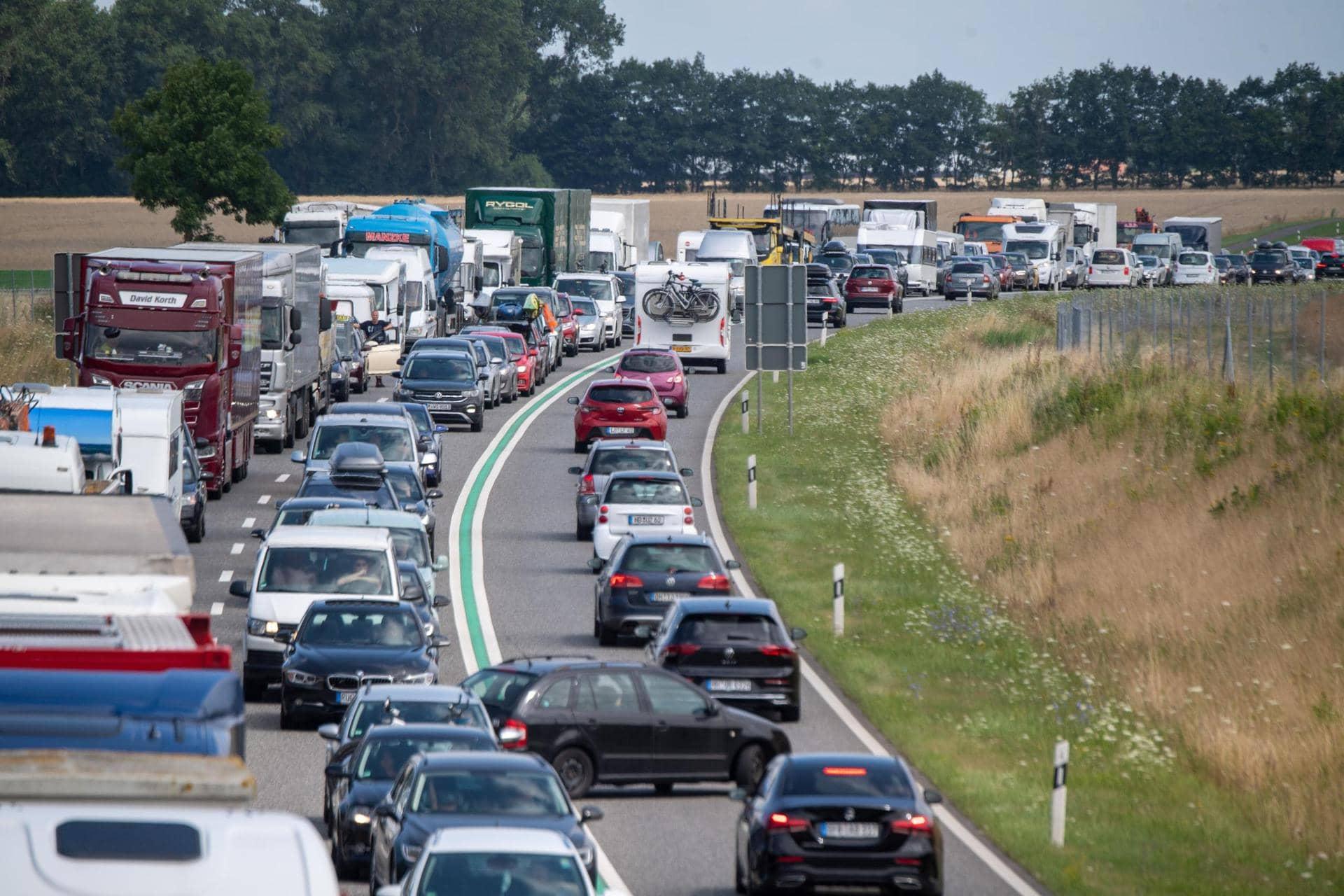 Neue Autobahn-App des Bundes soll Google Maps & Co. ergänzen Navigation