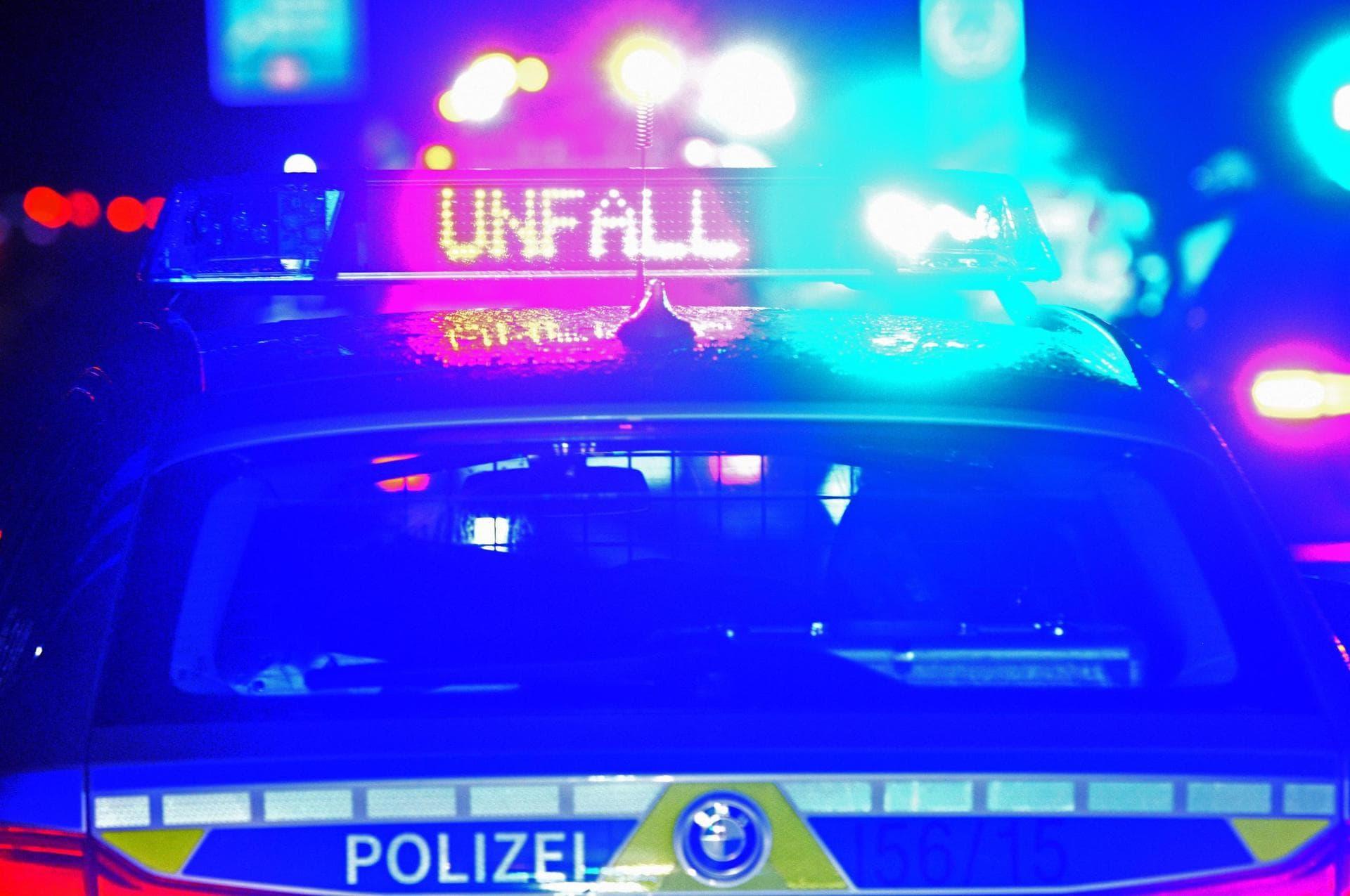 Unfälle nach Regen und Gewittern in Bayern Blaulicht