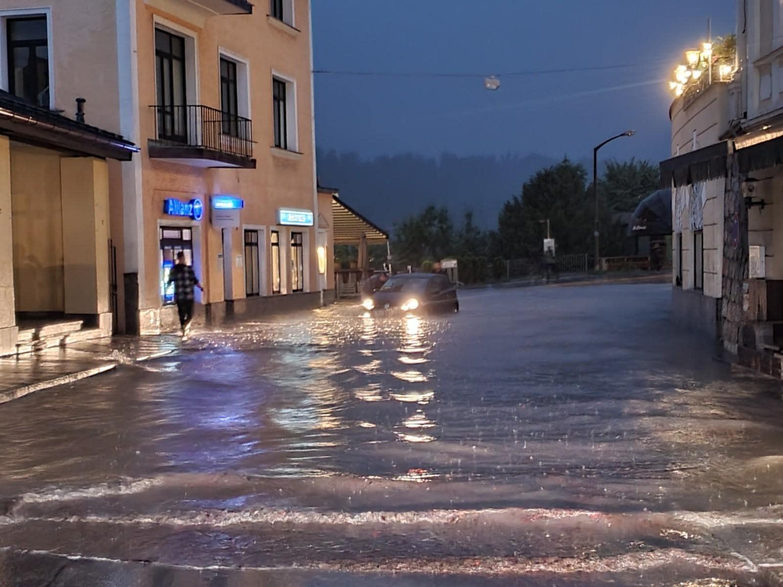 Unwetter führen zu Hochwasser im Süden und Osten Bayerns Katastrophenfall in Bayern