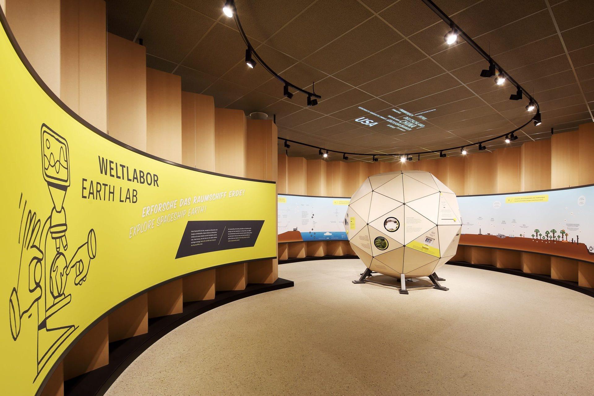 """Interaktive Ausstellung """"um:welt"""" eröffnet Regensburg lädt ins erste Energie-Bildungszentrum in ganz Bayern ein"""