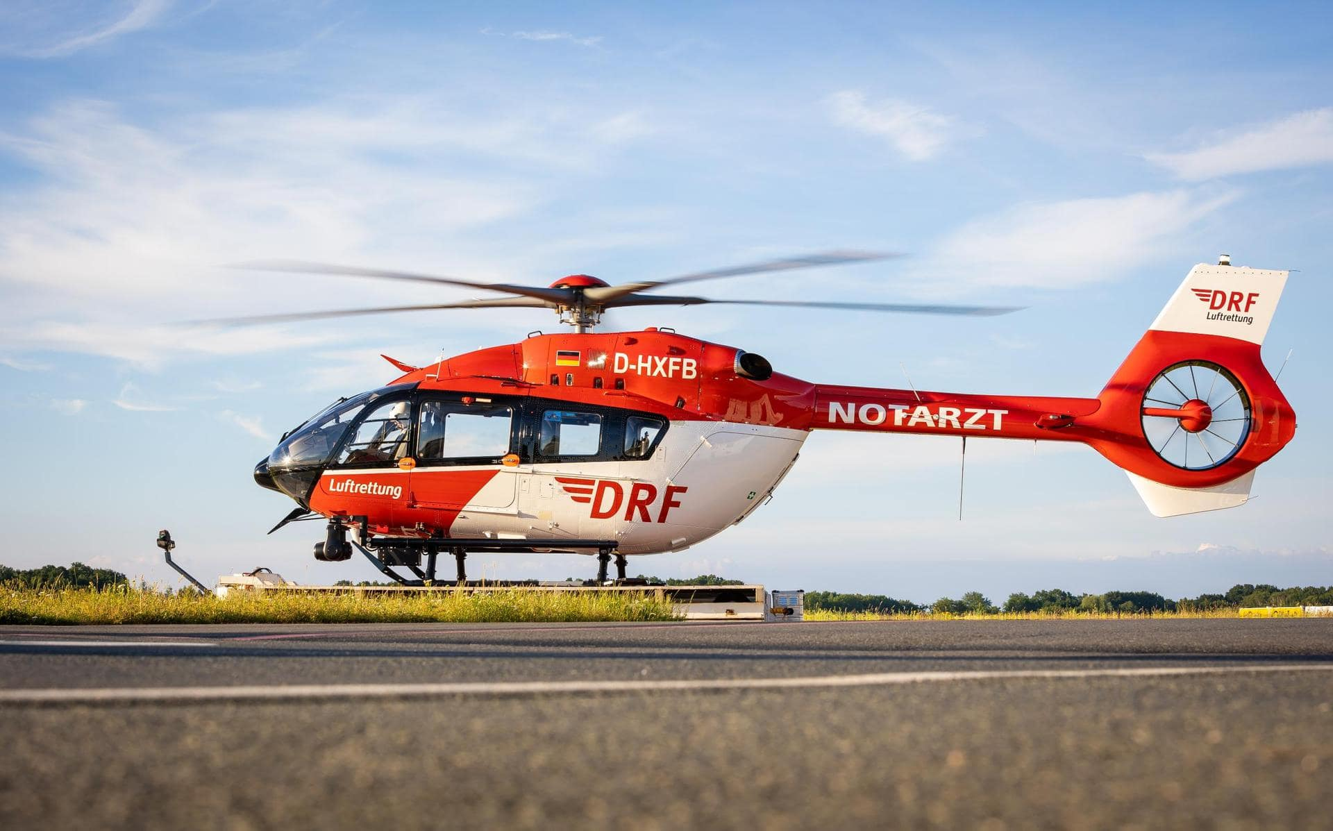 DRF-Luftrettung setzt auf Pilotprojekt Fliegen ohne Sicht?
