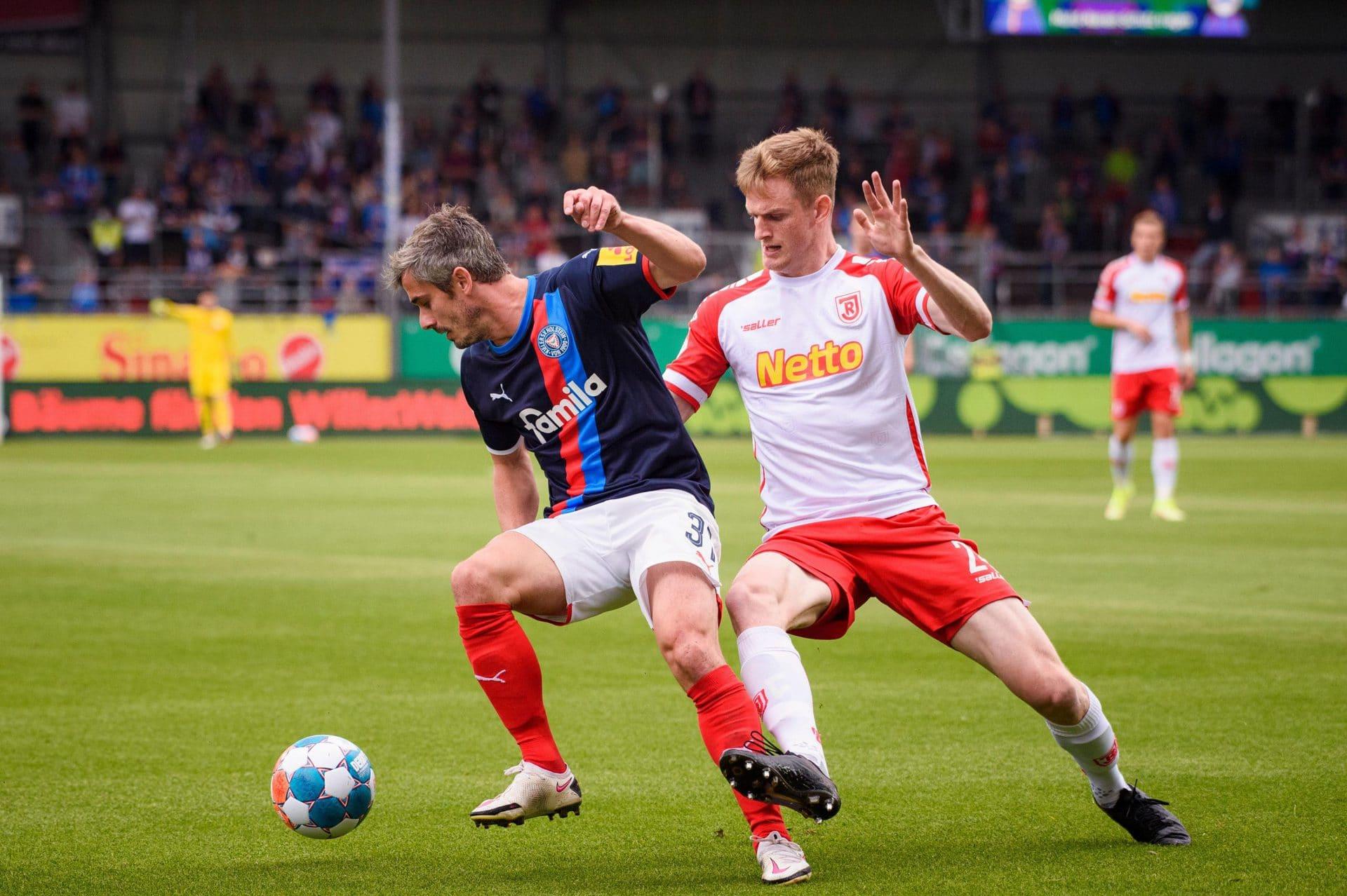 Traum-Tabelle fürs Jahn-Album Als nächstes kommt Schalke