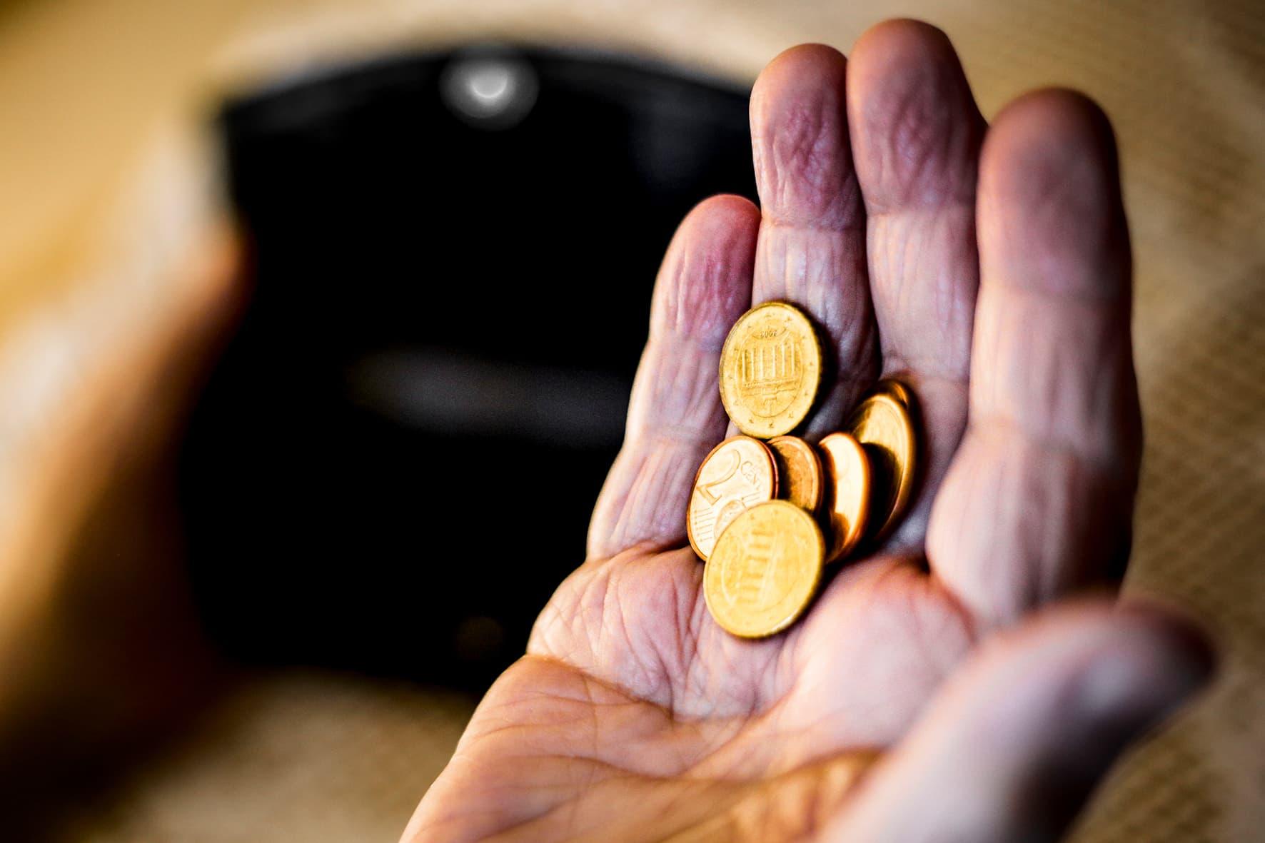 Ein Leben lang arbeiten – und trotzdem reicht die Rente nicht In Stadt und Landkreis Regensburg sind rund 10.500 Vollzeitbeschäftigte selbst nach 45 Arbeitsjahren im Rentenalter von Armut bedroht